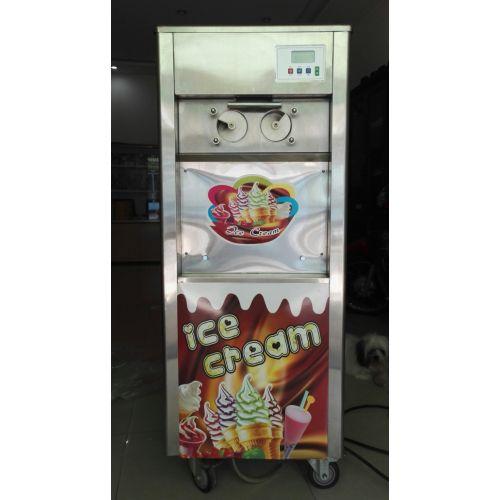 Máy làm kem tươi công xuất lớn.