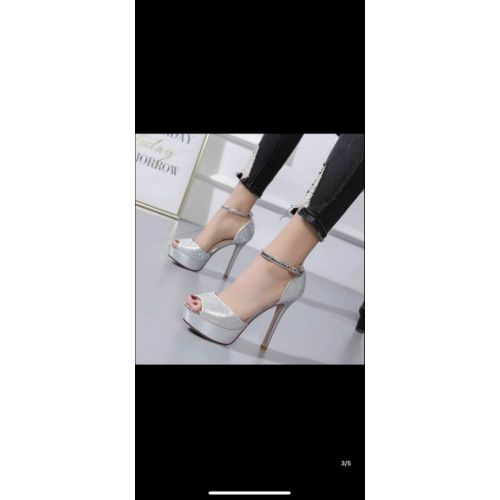 Giày Quảng Đông order